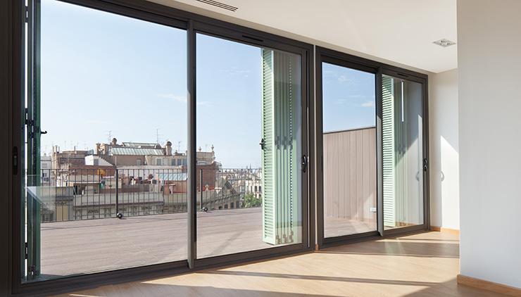Áticos y pisos en venta obra nueva en Barcelona - Entrega viviendas Aragó 359 - Terraza-interior - CASAÁTICO