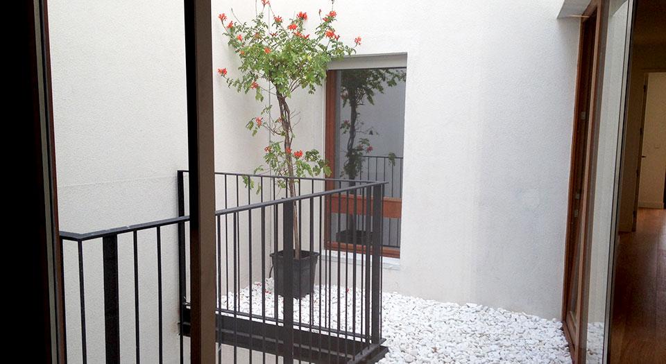 enric_granados69-patio-interior-casaatico